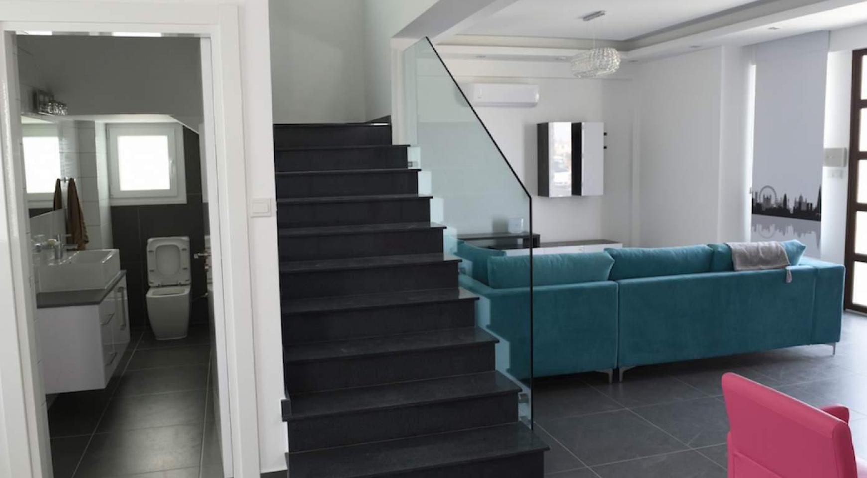 Новый Современный 4-Спальный Дом в Районе Leivadia - 17