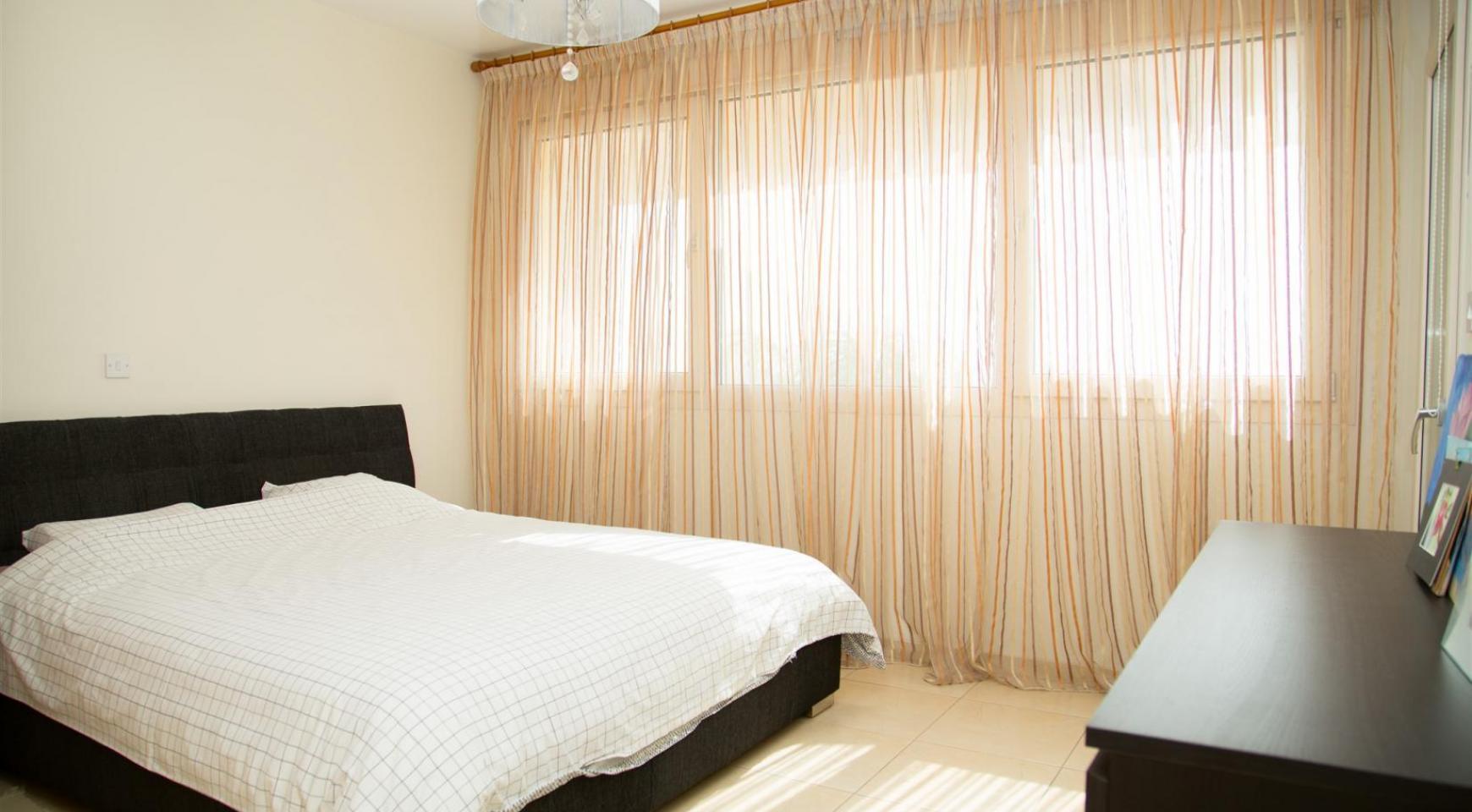 Просторная 3-Спальная Квартира с Видом на Море - 9