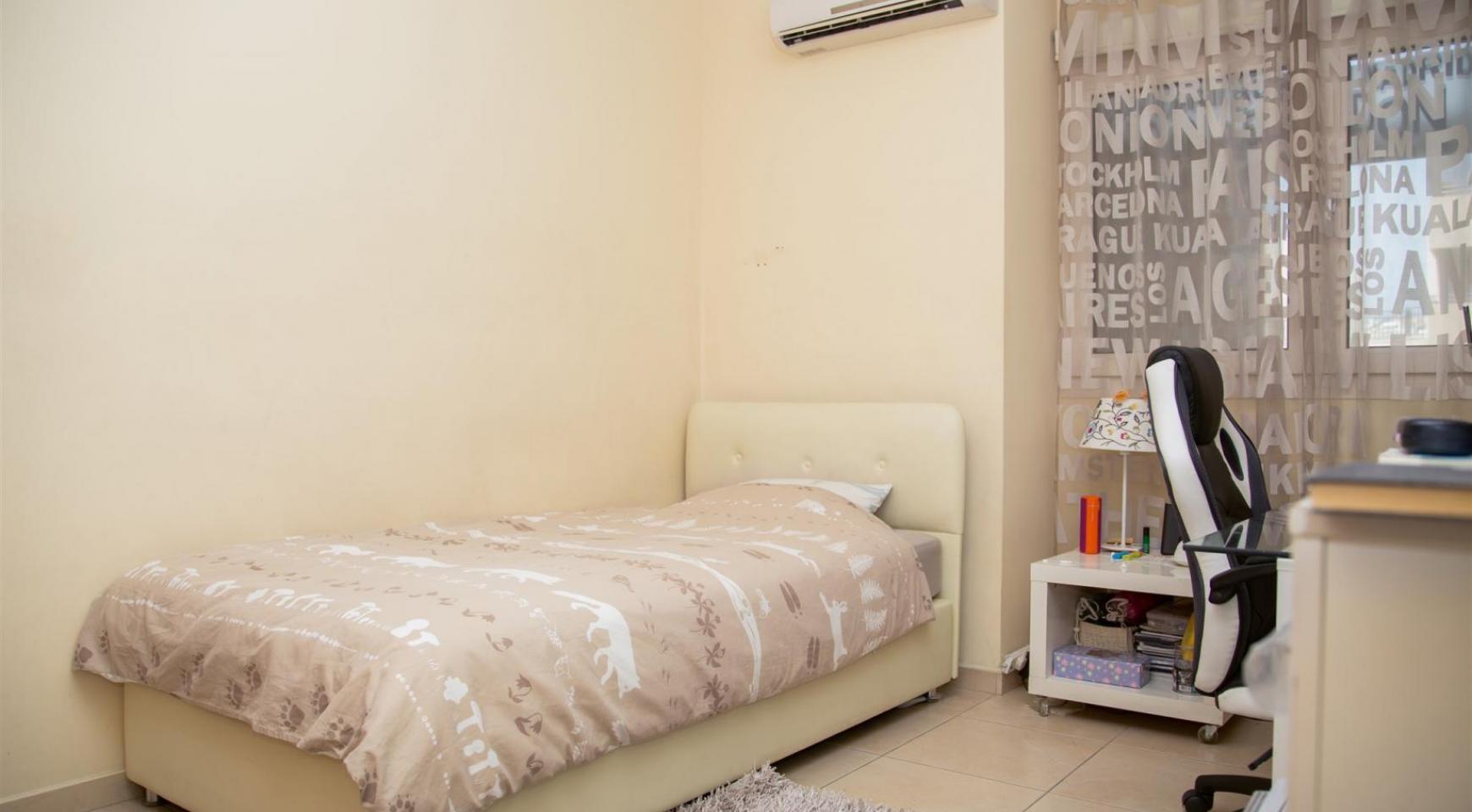 Просторная 3-Спальная Квартира с Видом на Море - 10