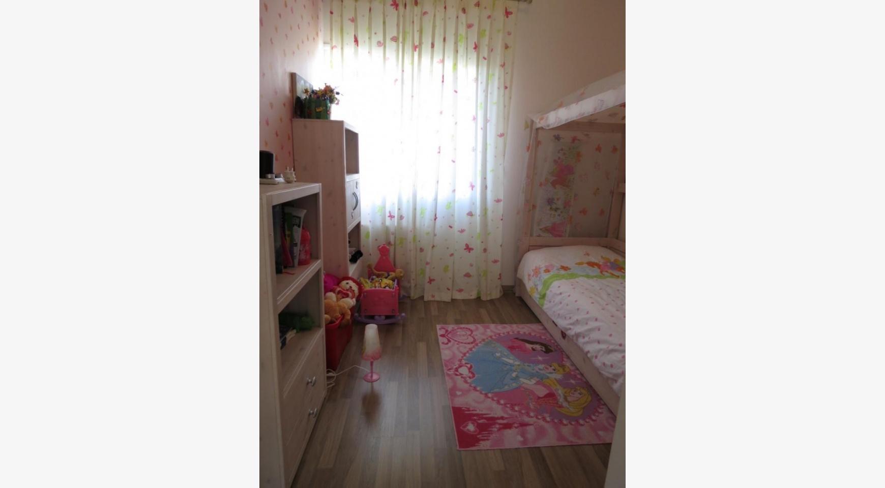 Просторный 4-Спальный Дом в Районе  Moutagiaka - 8