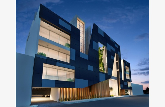 Современное Многоквартирное Здание в Центре Города