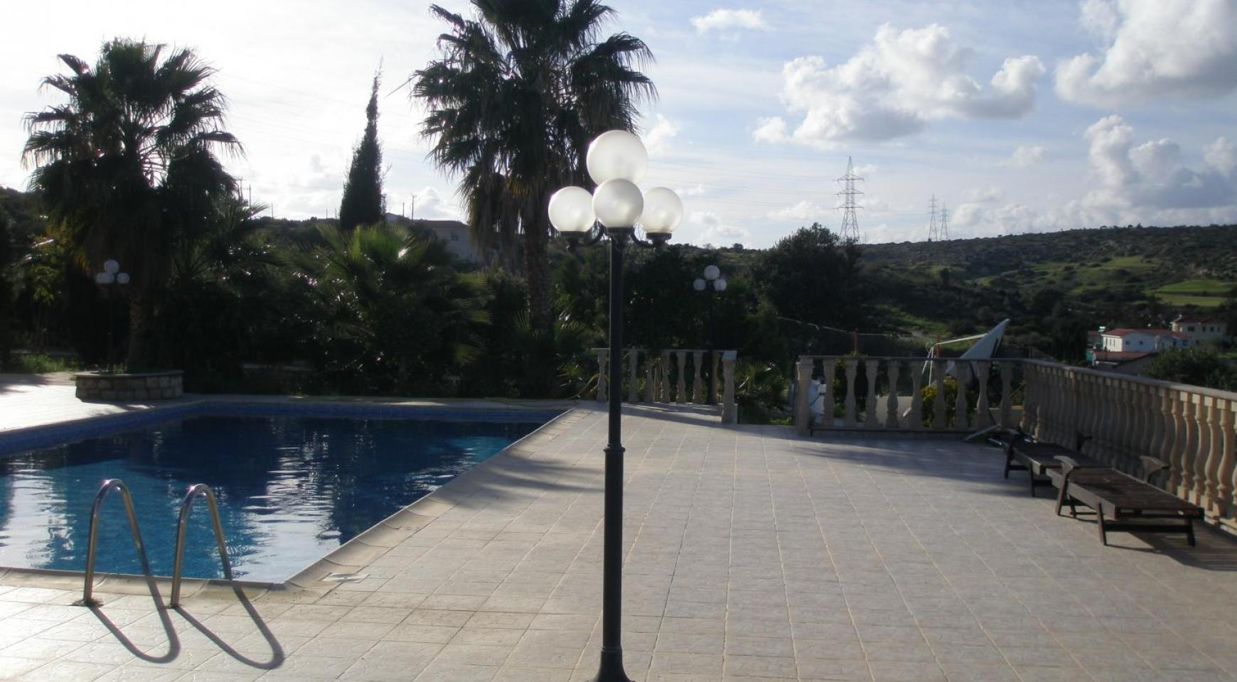 Просторная 5-Спальная Вилла с Изумительными Видами в Районе Pyrgos - 7