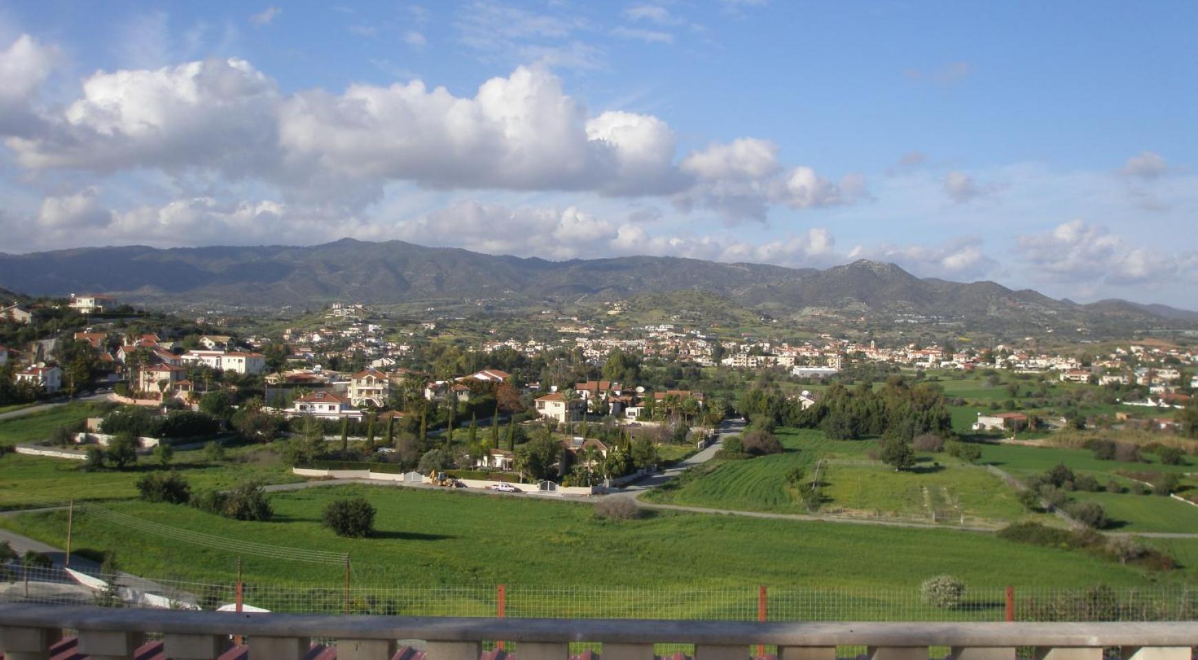 Просторная 5-Спальная Вилла с Изумительными Видами в Районе Pyrgos - 9