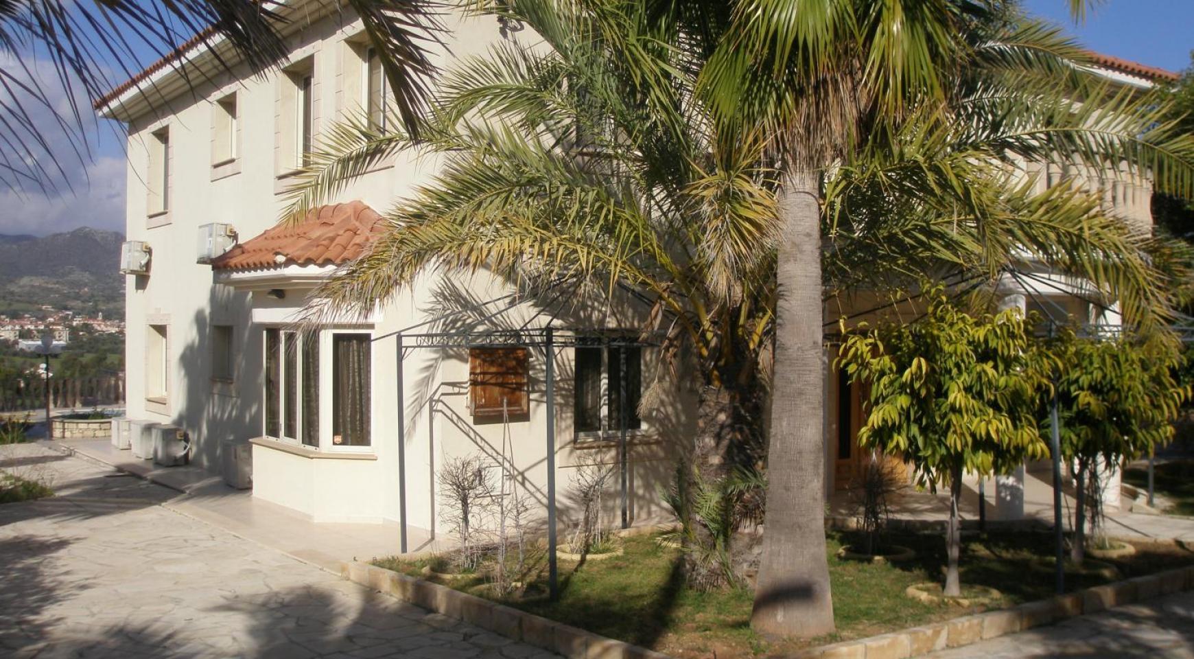 Просторная 5-Спальная Вилла с Изумительными Видами в Районе Pyrgos - 4