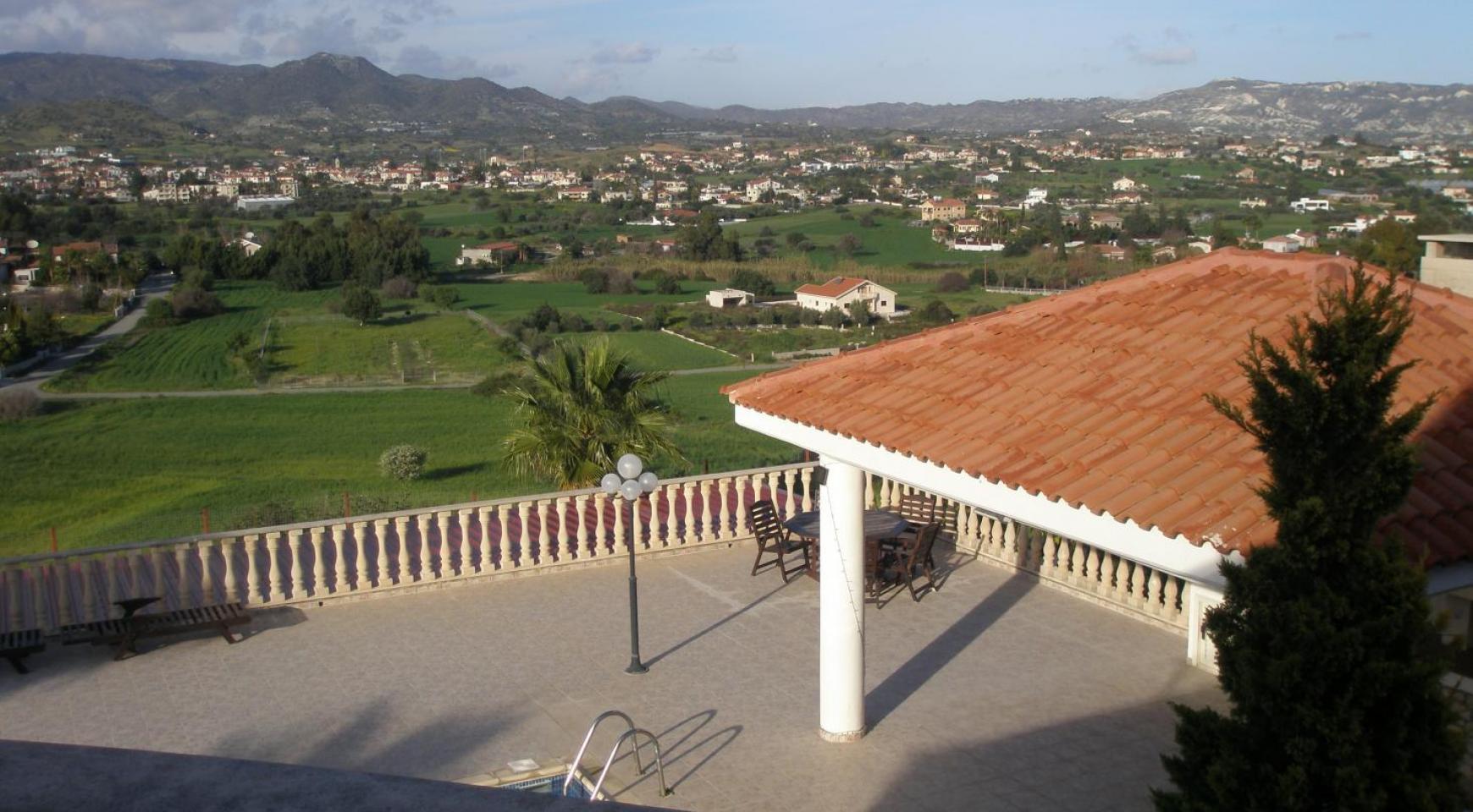 Просторная 5-Спальная Вилла с Изумительными Видами в Районе Pyrgos - 12
