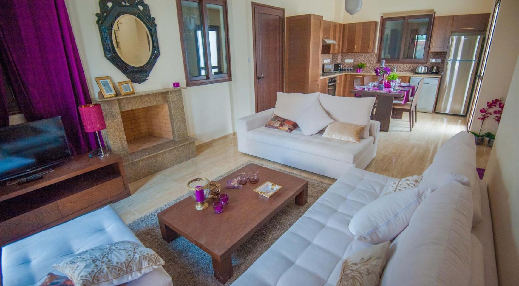 Новая 4-Спальная Вилла на Берегу Моря в Районе Ayia Thekla - 3