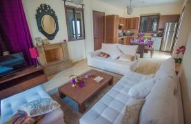 Новая 4-Спальная Вилла на Берегу Моря в Районе Ayia Thekla - 23