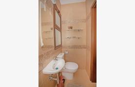 Новая 4-Спальная Вилла на Берегу Моря в Районе Ayia Thekla - 33