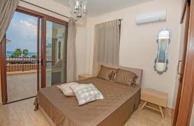 Новая 4-Спальная Вилла на Берегу Моря в Районе Ayia Thekla - 31