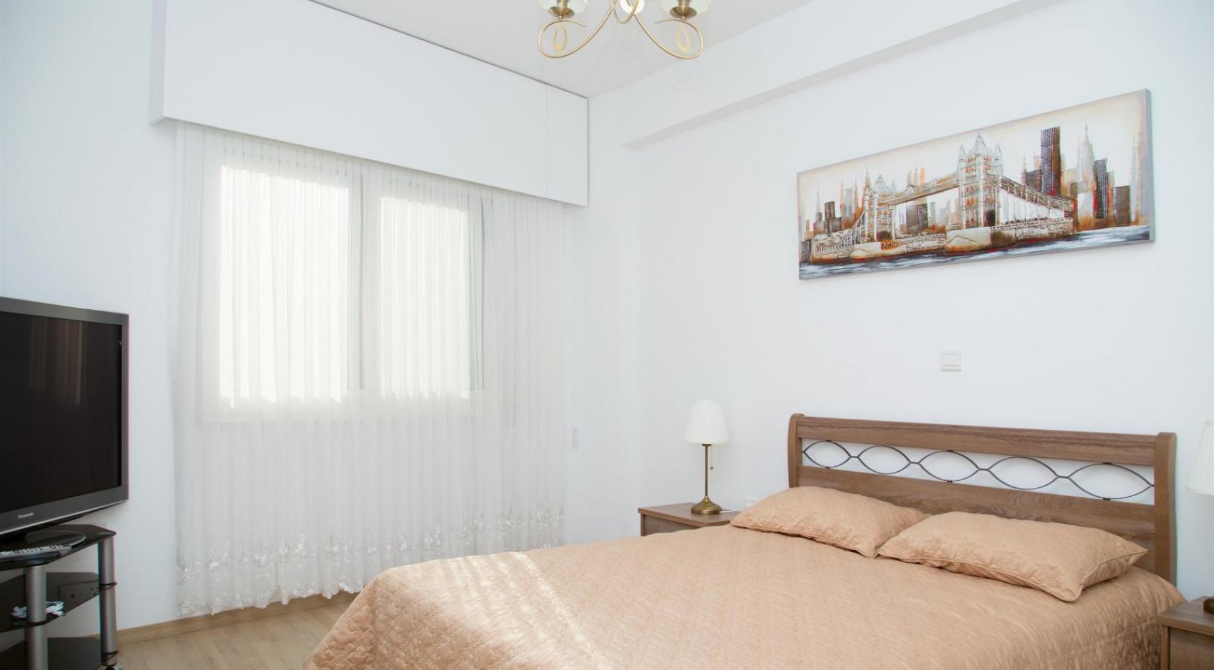 Полностью Отремонтированная 3-Спальная Квартира Класса Люкс на Первой Линии от Моря - 18