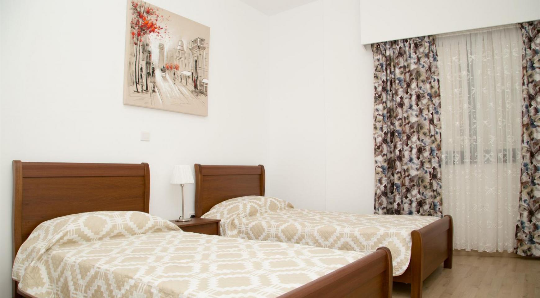 Полностью Отремонтированная 3-Спальная Квартира Класса Люкс на Первой Линии от Моря - 20