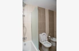 Полностью Отремонтированная 3-Спальная Квартира Класса Люкс на Первой Линии от Моря - 67
