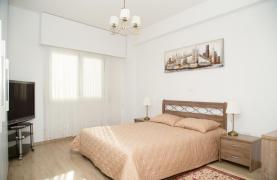 Полностью Отремонтированная 3-Спальная Квартира Класса Люкс на Первой Линии от Моря - 57