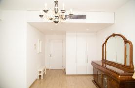 Полностью Отремонтированная 3-Спальная Квартира Класса Люкс на Первой Линии от Моря - 47
