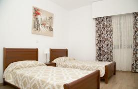 Полностью Отремонтированная 3-Спальная Квартира Класса Люкс на Первой Линии от Моря - 61