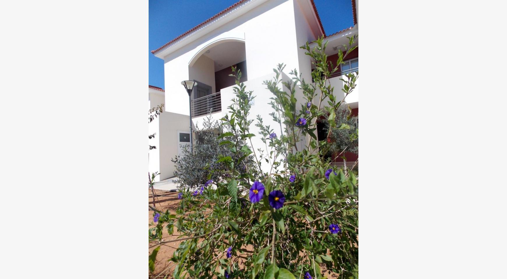 Новая 3-Спальная Квартира в Районе Kapparis - 40