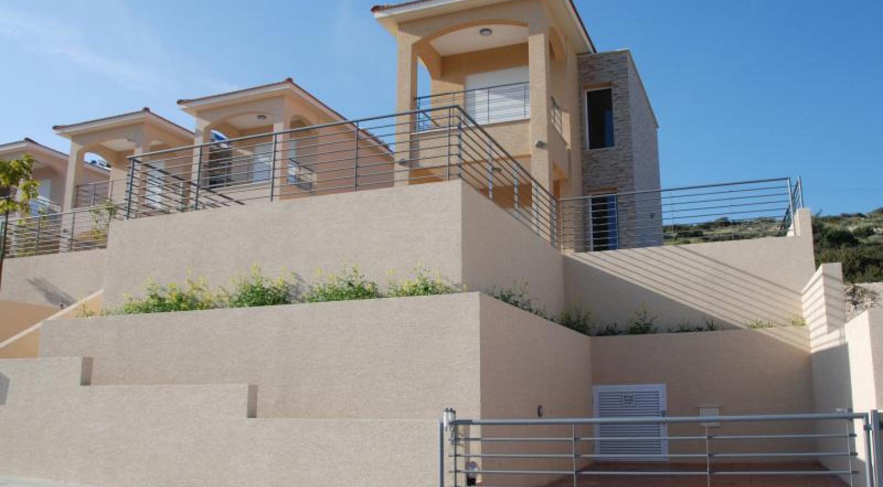 Новый 3-Спальный Дом с Красивым Видом на Море - 4