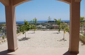 Новый 3-Спальный Дом с Красивым Видом на Море - 14