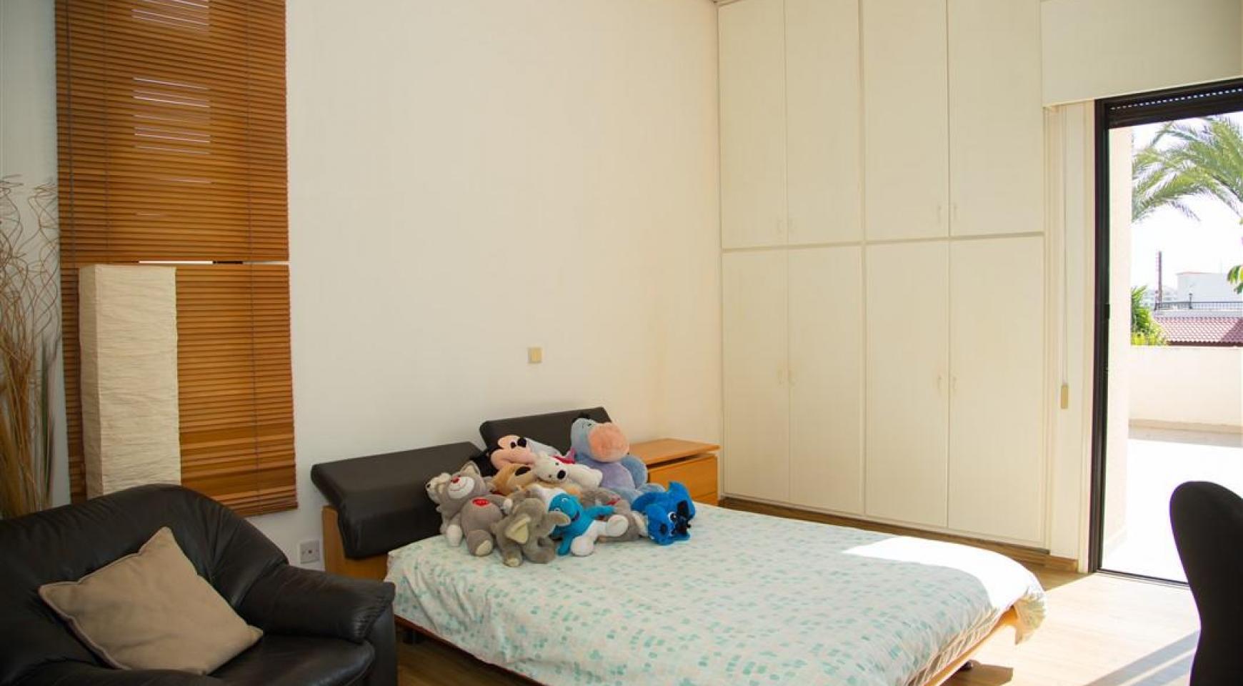 4-Спальная Вилла в Престижном Районе Гермасойя - 23