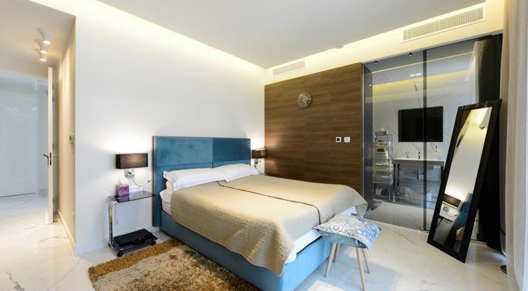 Эксклюзивная 4-Спальная Квартира у Моря - 25