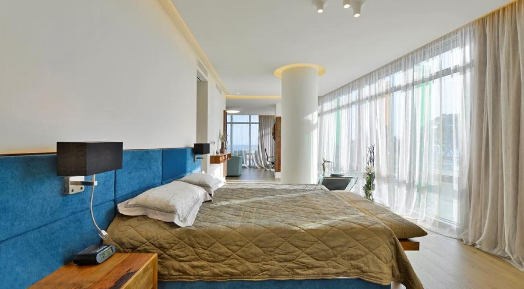 Эксклюзивная 4-Спальная Квартира у Моря - 20
