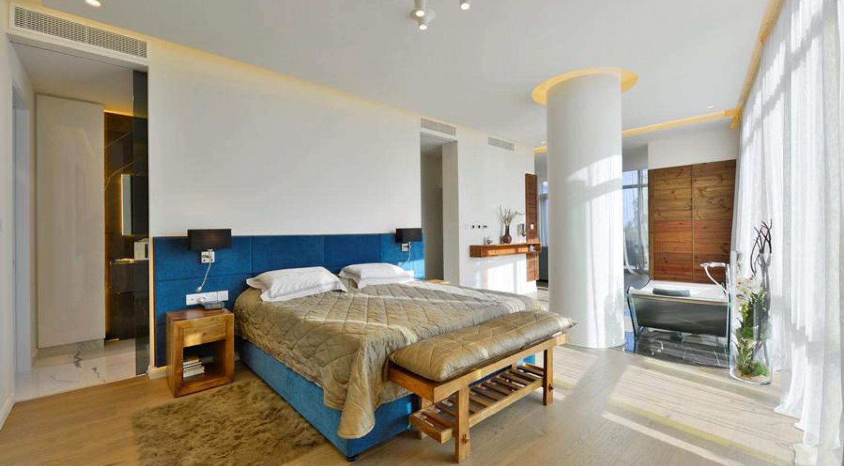 Эксклюзивная 4-Спальная Квартира у Моря - 19