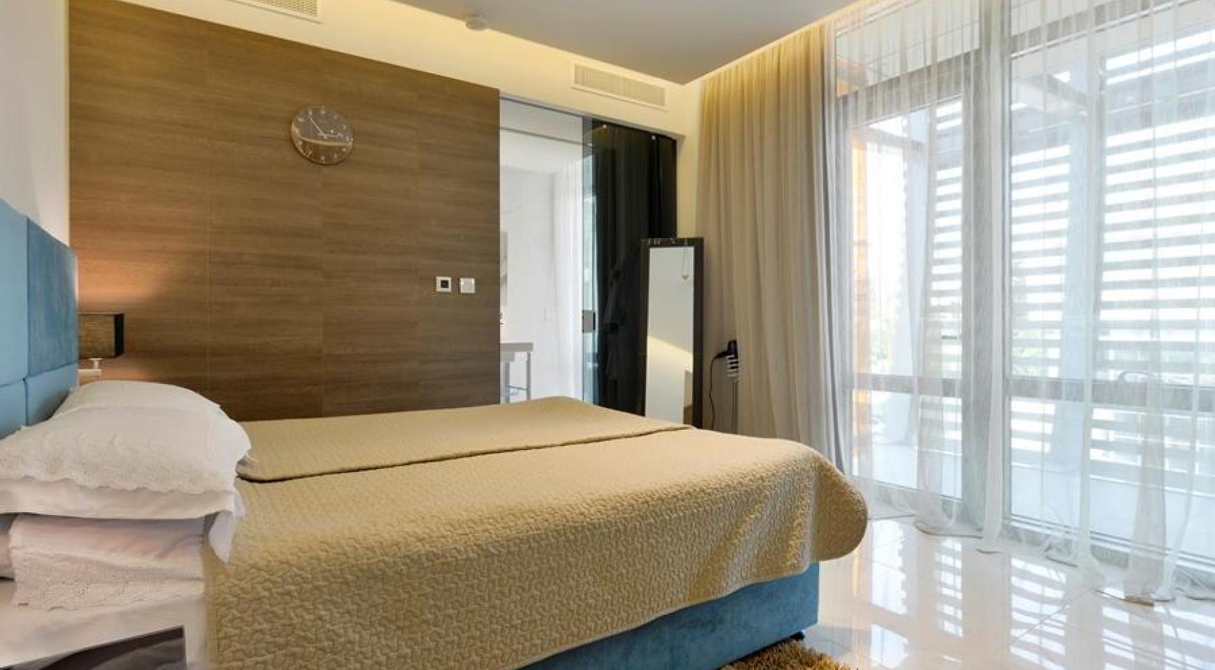 Эксклюзивная 4-Спальная Квартира у Моря - 28