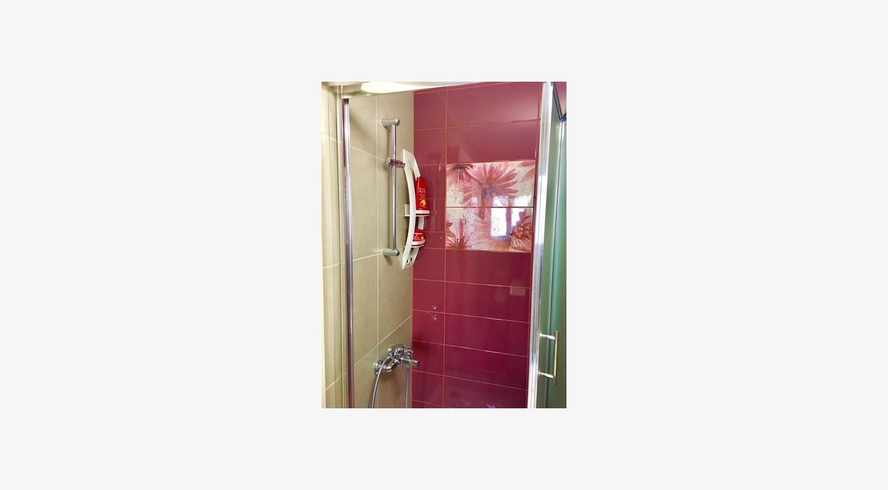 Новая 4-Спальная Квартира в Районе Germasogeia - 11