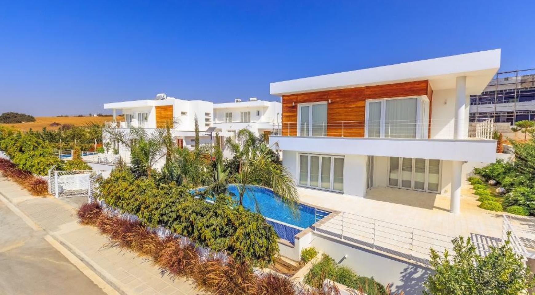 Современная 4-Спальная Вилла с Видом на Море в Районе Agios Tychonas - 3