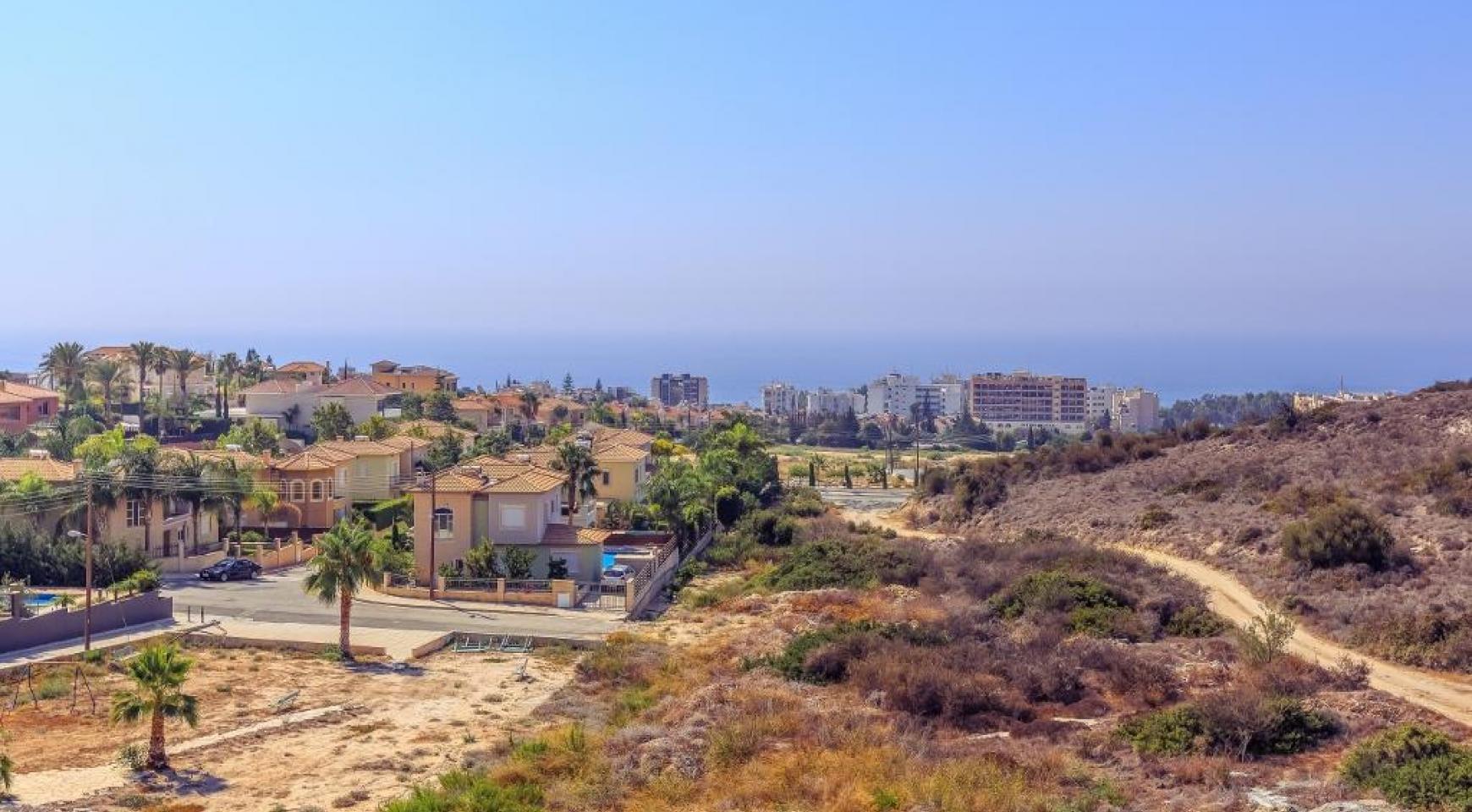 Современная 4-Спальная Вилла с Видом на Море в Районе Agios Tychonas - 13
