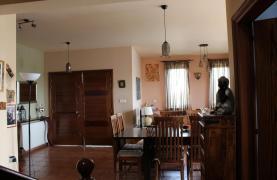 Spacious 5 Bedroom House in Agios Athanasios Area - 15