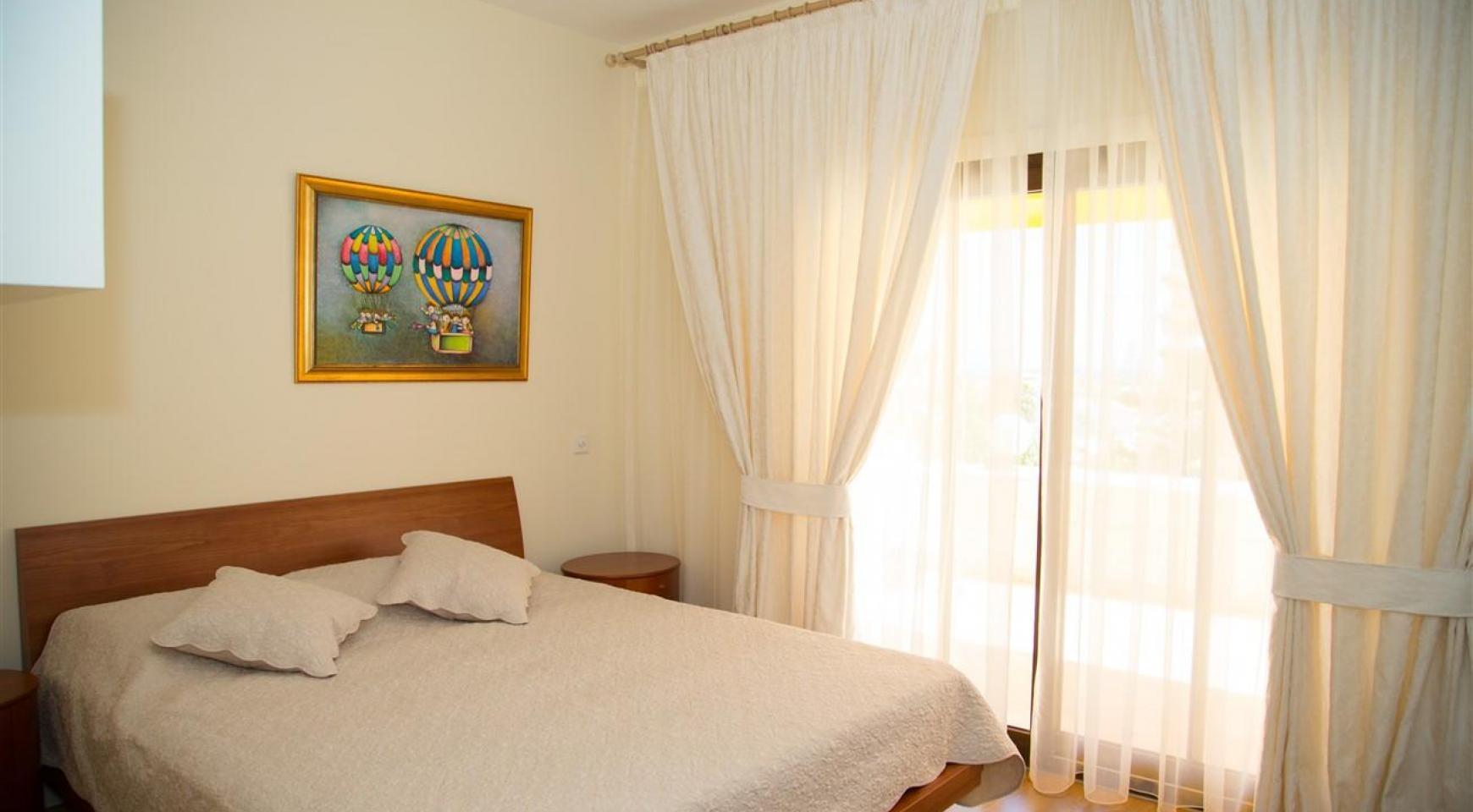 3-Спальная Квартира на Берегу Моря в Комплексе Thera   - 28