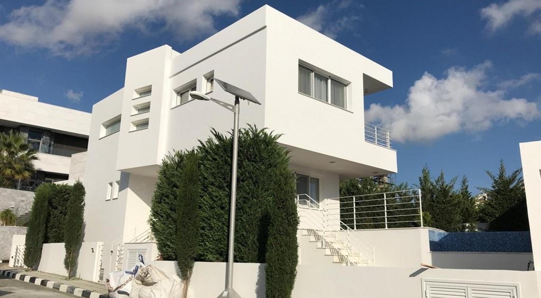 Современная 4-Спальная Вилла с Видом на Море в Районе Agios Tychonas - 2