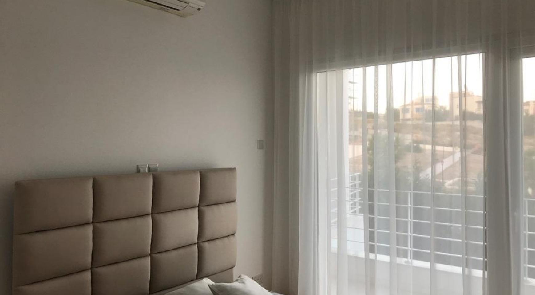 Современная 4-Спальная Вилла с Видом на Море в Районе Agios Tychonas - 9