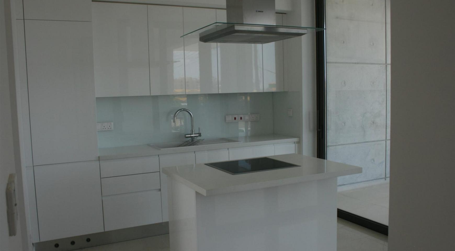 Новая Современная 3-Спальная Квартира  возле Моря - 21