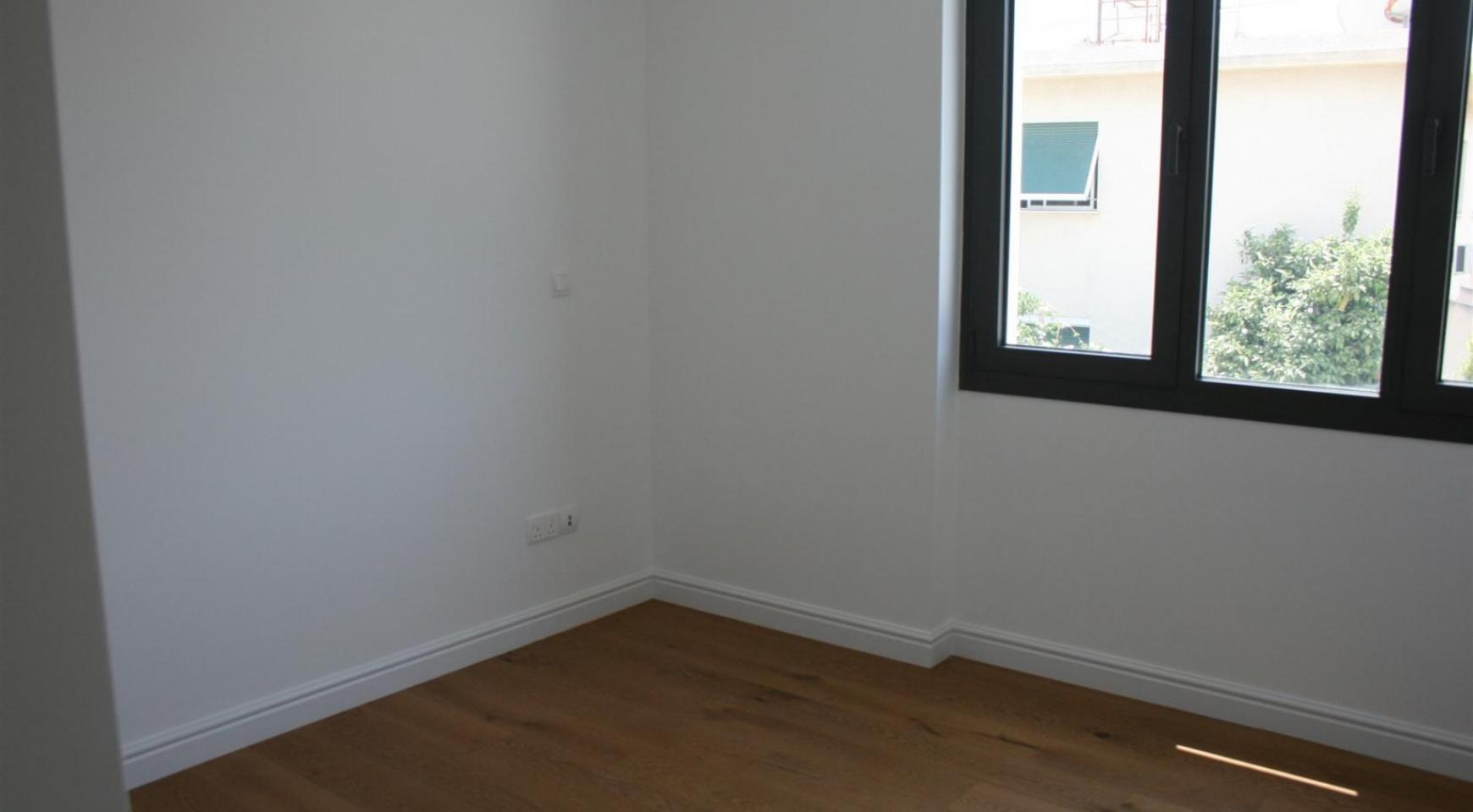 Новая Современная 3-Спальная Квартира  возле Моря - 44