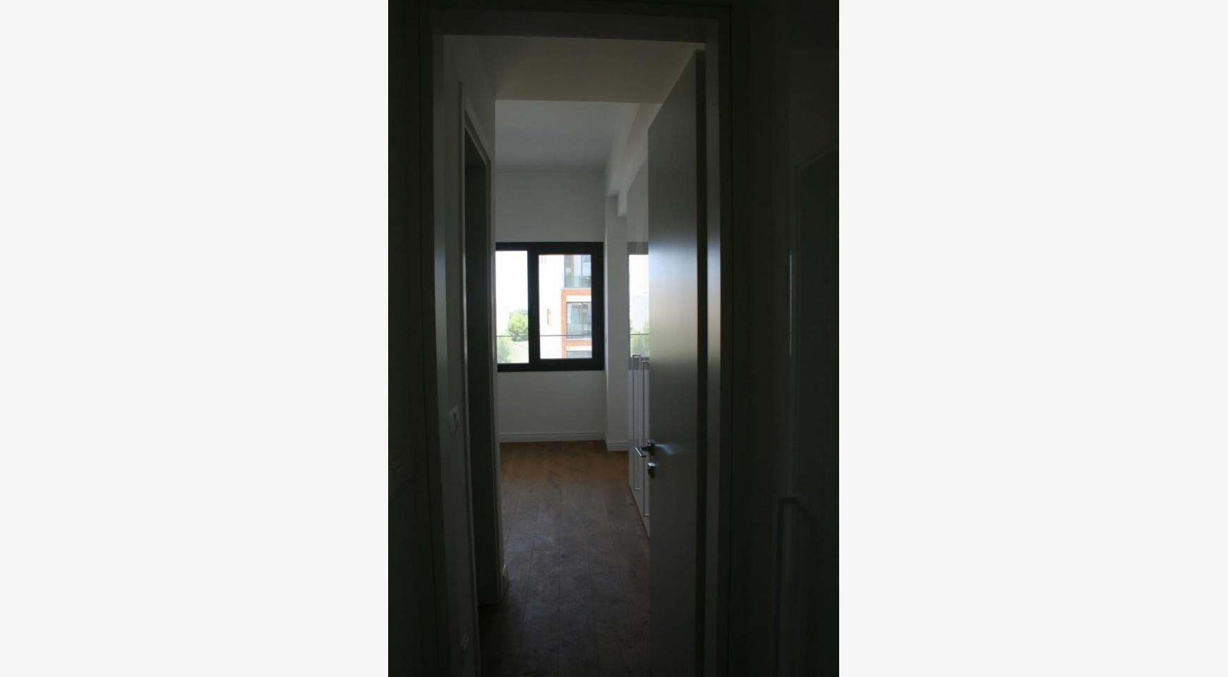 Новая Современная 3-Спальная Квартира  возле Моря - 35