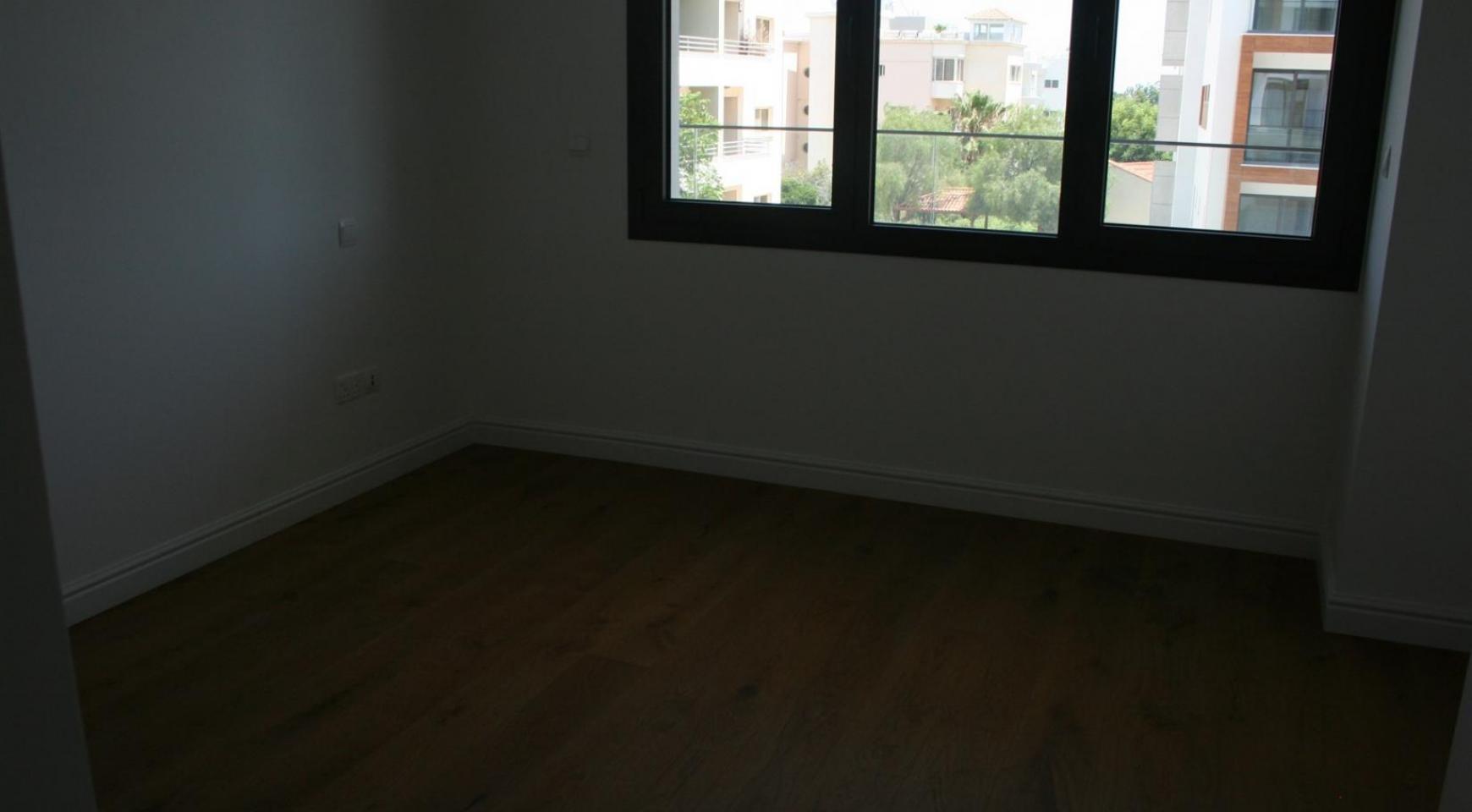 Новая Современная 3-Спальная Квартира  возле Моря - 42