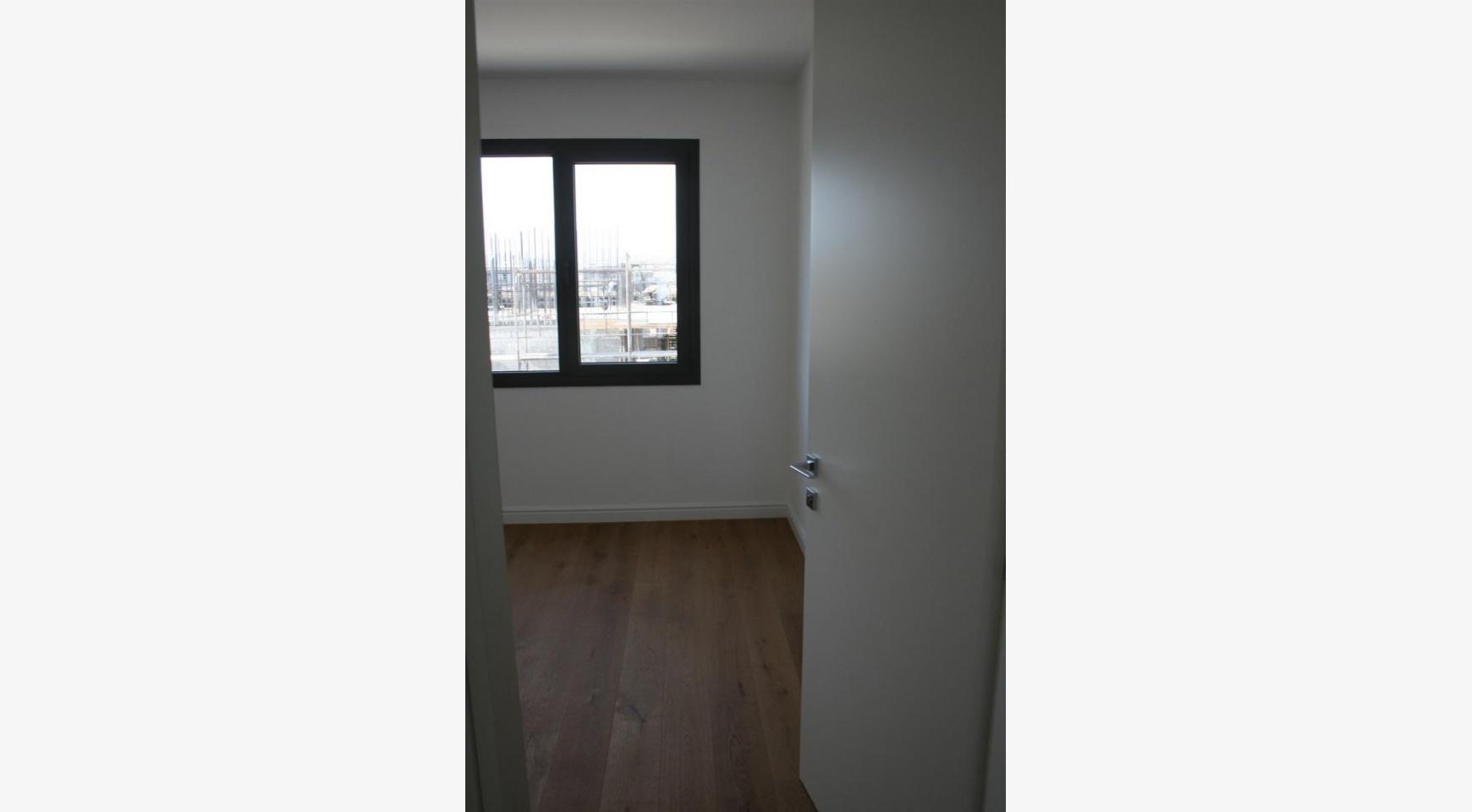 Новая Современная 3-Спальная Квартира  возле Моря - 27