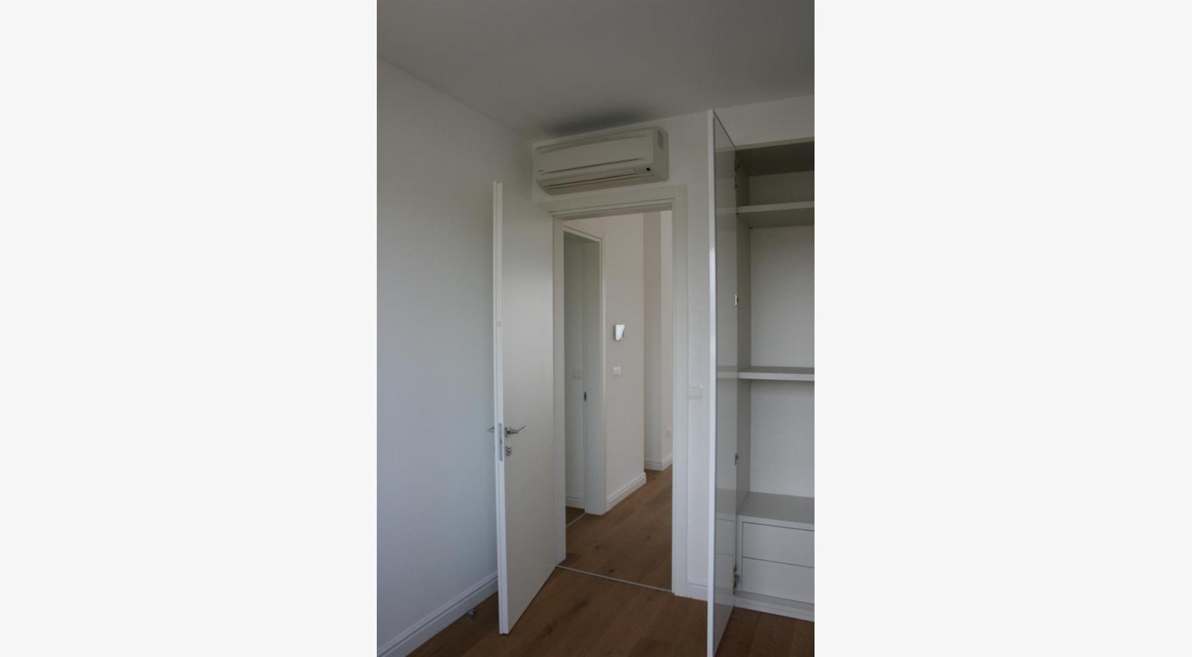 Новая Современная 3-Спальная Квартира  возле Моря - 28