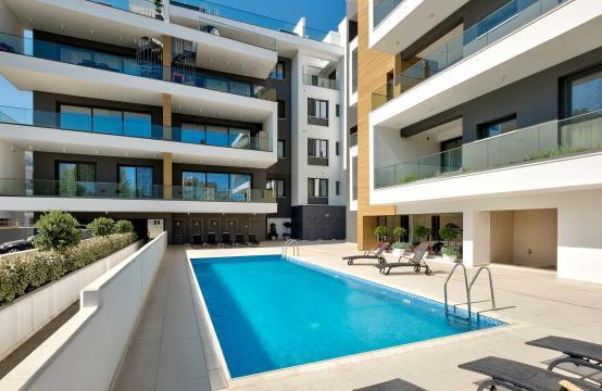 Современная 2-Спальная Квартира в Новом Комплексе возле Моря