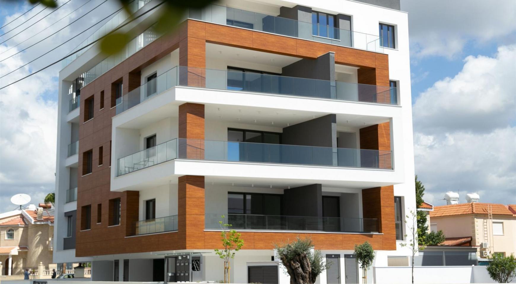 Malibu Residence. Современная  2-Спальная Квартира 201 в Районе Потамос Гермасойя - 1