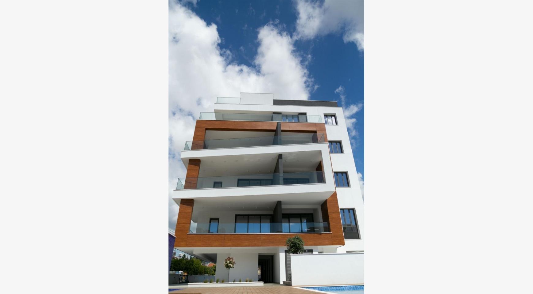 Malibu Residence. Современная  2-Спальная Квартира 201 в Районе Потамос Гермасойя - 7