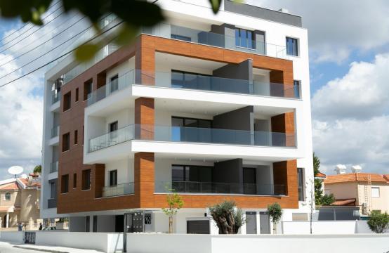 Malibu Residence. Современная  2-Спальная Квартира 201 в Районе Потамос Гермасойя